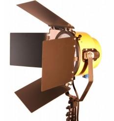 Yellow Head videolampe med 2000 watt effekt 0