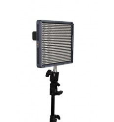 Aputure Amaran 672 - Video LED Lampe CRI95+ AC/DC, Fernbedienung, knækled, Ladegerät und 2 Stück 6600mah sony-Akkus 0